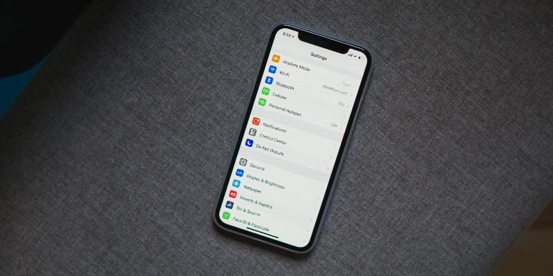 Apple заявила правительству США, что iPhone не подслушивает разговоры пользователей