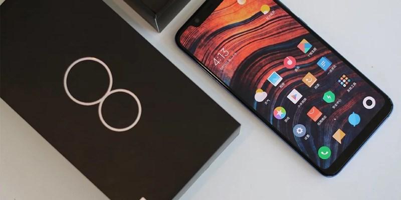 В Москве представлены новые модели смартфонов Xiaomi и робот-пылесос