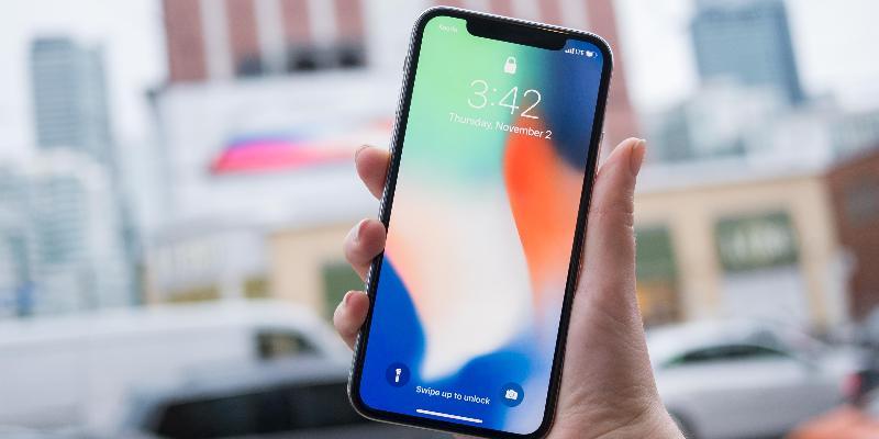Новые iPhone с дисплеями 6.1 и 6.5 дюйма показали на фото