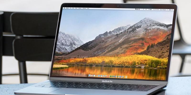 Владельцы MacBook Pro 2018 столкнулись с очередной проблемой в работе устройств