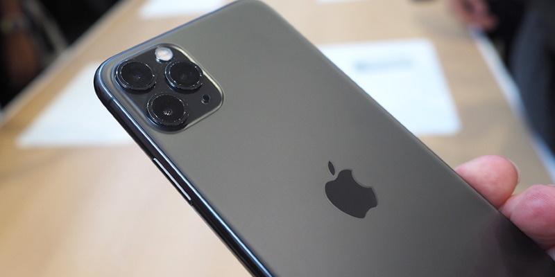 Есть ли у iPhone 11 Pro обратная зарядка? Специалисты iFixit проверили