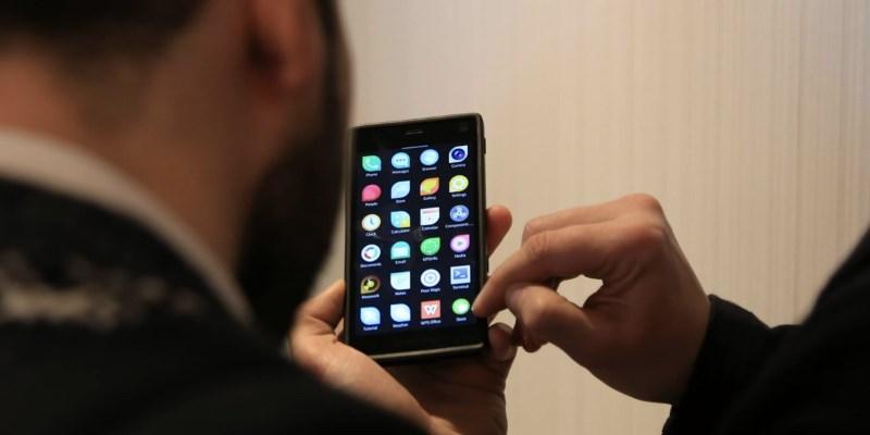 Переход чиновников на смартфоны с российской Sailfish OS обойдется стране в 160.2 млрд рублей