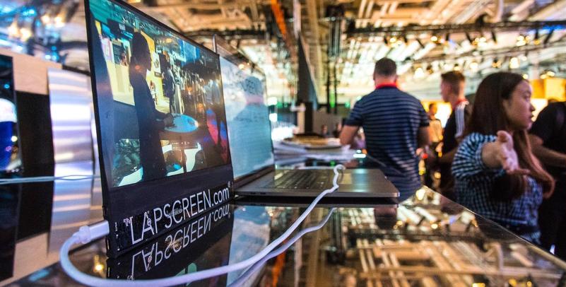 CES 2019: Lapscreen — портативный монитор для смартфона и ноутбука