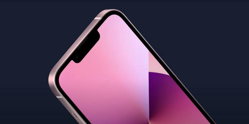 Уменьшенная чёлка в iPhone 13 не решила самую наболевшую проблему