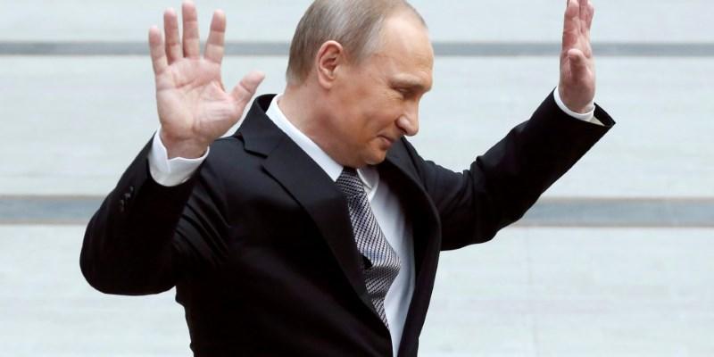 Канал НТВ добился блокировки рекламы с Путиным