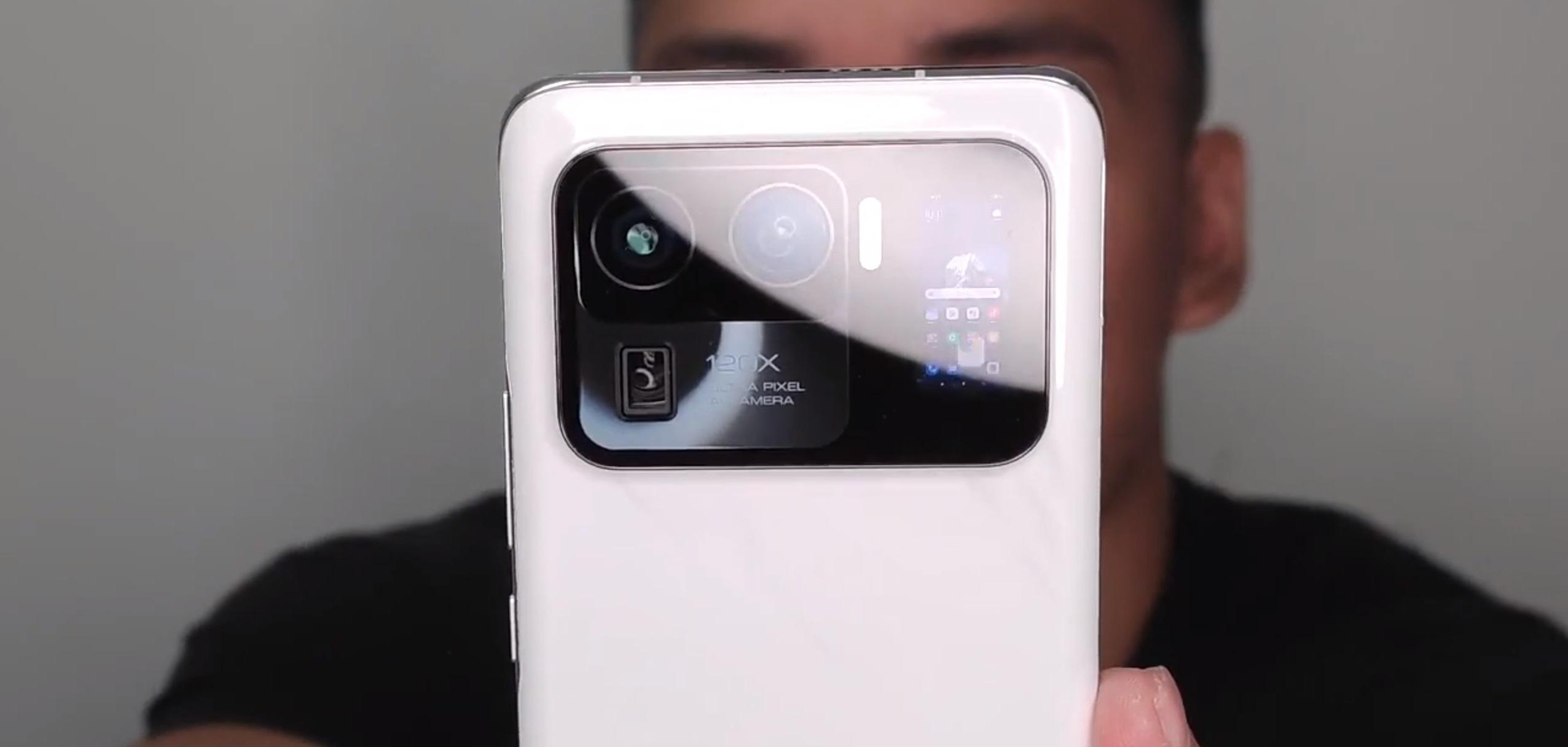 Таким будет Xiaomi Mi 11 Ultra  с экраном в камере