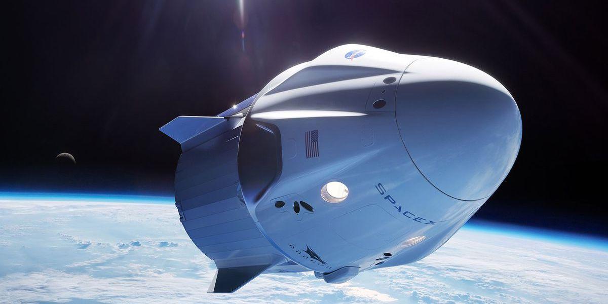 Первый туристический полёт от SpaceX на орбиту состоится в конце 2021 года