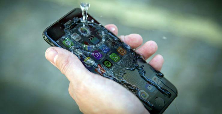 На фоне iPhone остальные смартфоны по-прежнему смотрятся блекло