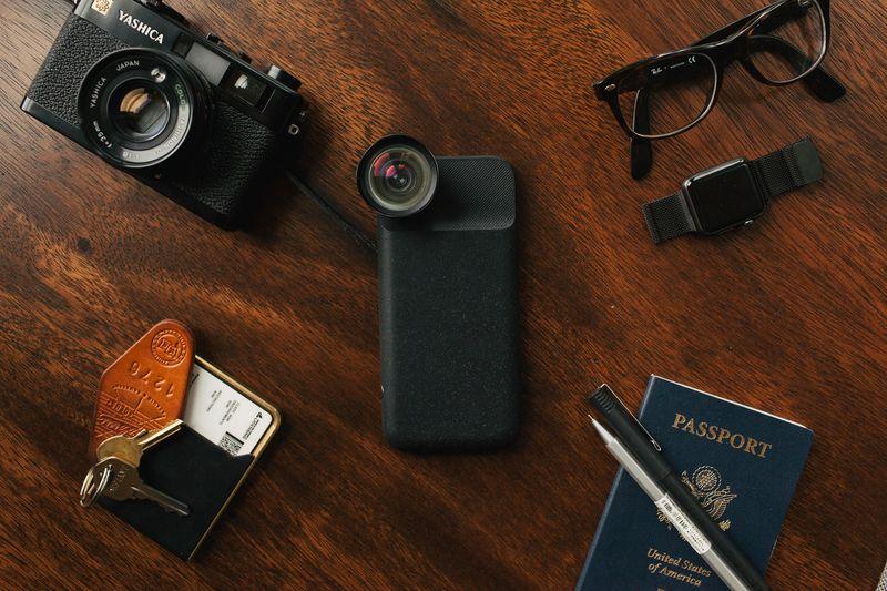 Moment — чехол для iPhone 7 и 7 Plus с высококачественной линзой и дополнительным аккумулятором