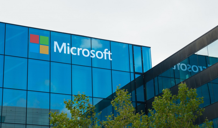 Microsoft сообщила обувольнении 10% служащих