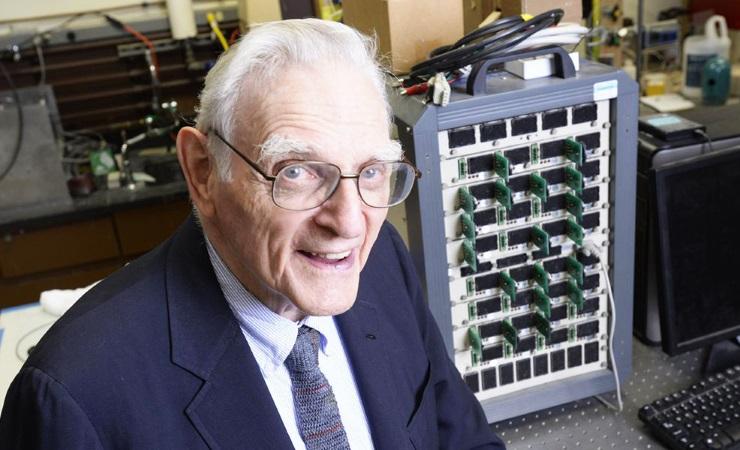 Петербургские ученые разработали новый тип аккамуляторных батарей для мобильных устройств