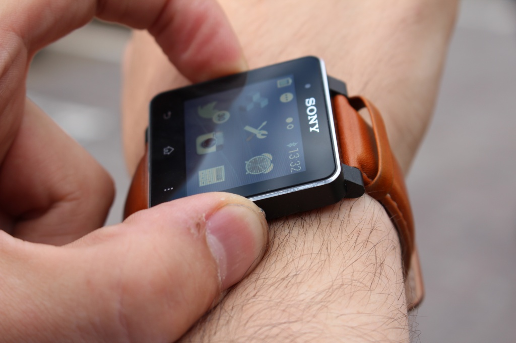 Обзор Sony SmartWatch 2