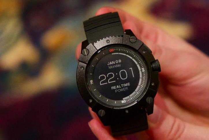 Продукт дня: смарт-часы PowerWatch X, работающие от тепла человеческого тела