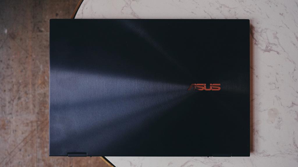 Обзор ASUS ZenBook Flip S UX371
