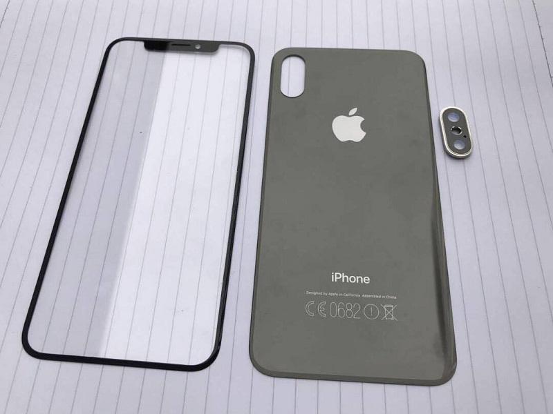 Слайд iPhone 8 с экраном  OLED исенсорнымID