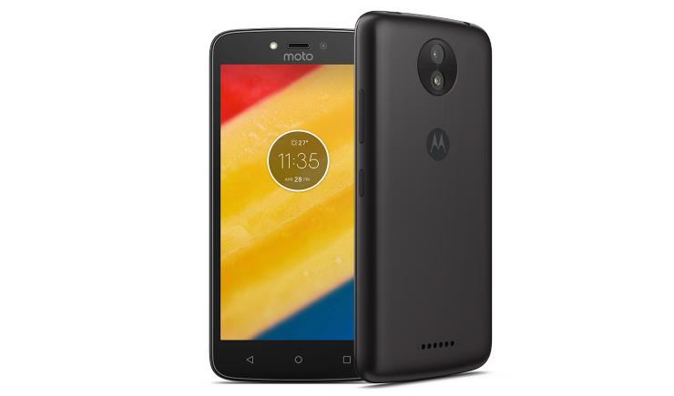 Стали известны цены на новые телефоны Motorola в России
