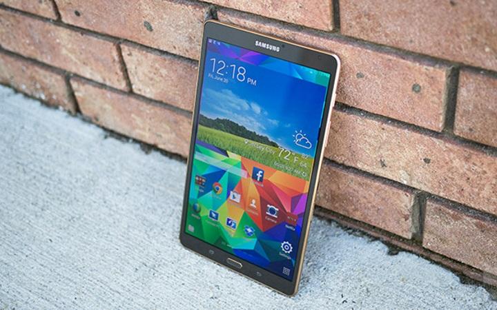 Новые флагманские планшеты Samsung будут тоньше и легче аналогичных устройств Apple