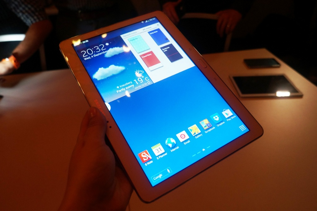 Samsung Galaxy Note 10.1 2014 Edition / Wired