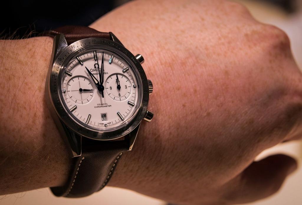 Эксперт по люксовым часам: Apple Watch хуже механических моделей во всех ценовых категориях