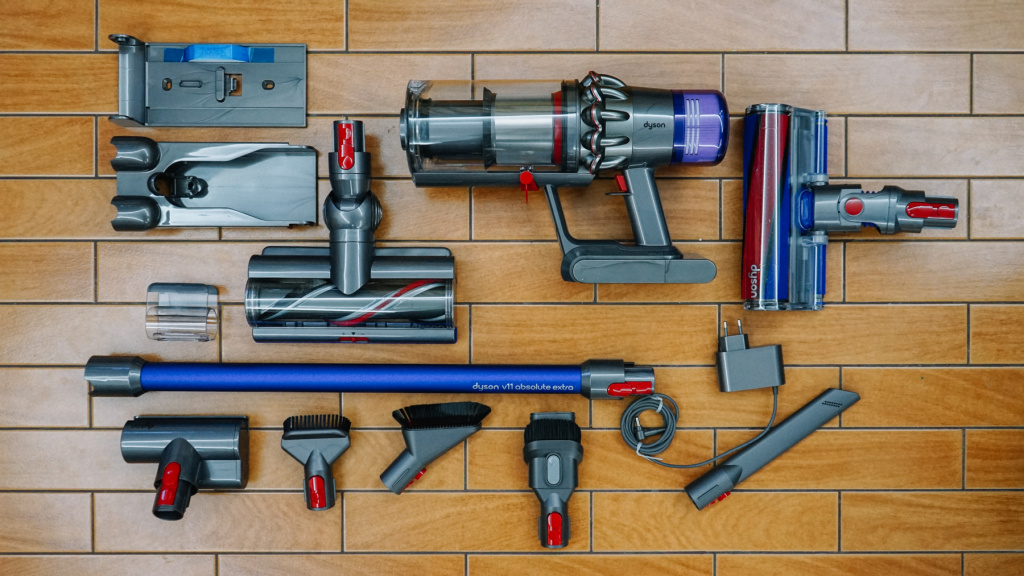 Тест-драйв Dyson V11 Absolute Extra