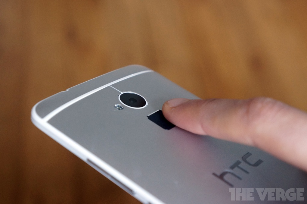 HTC One Max / The Verge