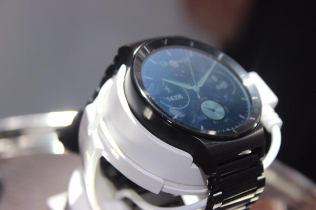 MWC 15: первый взгляд на носимую электронику от Huawei