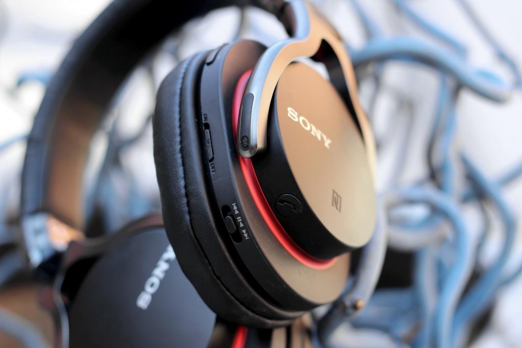 Обзор Sony MDR-1RBT