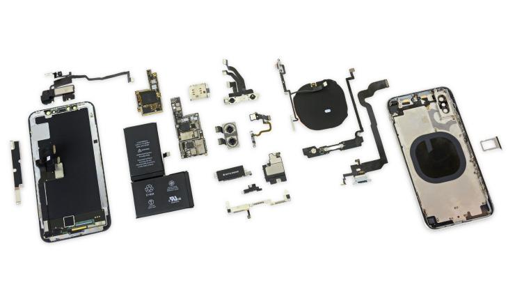 Специалисты оценили ремонтопригодность нового iPhone X и отыскали сдвоенный аккумулятор