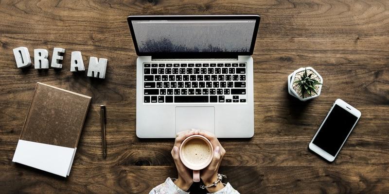 Дарим подарки за ваши лучшие статьи в блогах. В сентябре — JBL Playlist