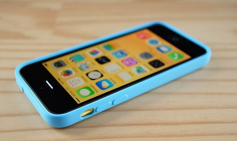 iPhone 5c / Engadget