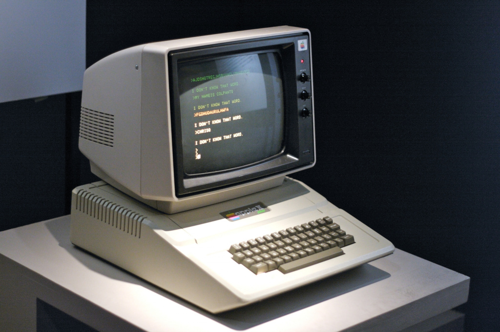 apple_mac_apple_ii_1977_macintosh_94603_3888x2588.jpg