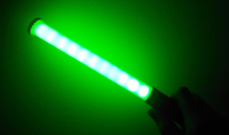 Как сделать световой меч с индикацией бесплатных сетей Wi-Fi