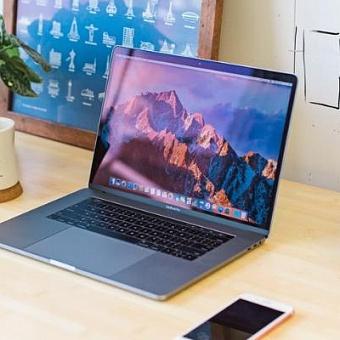 Продажи MacBook в России выросли на 90%