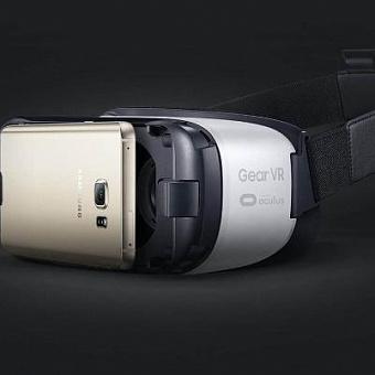Приложение YouTube VR получило поддержку Gear VR и функцию совместного просмотра