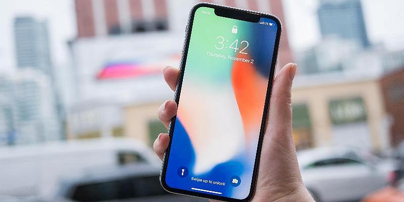 Все новые iPhone сравнили на одном фото