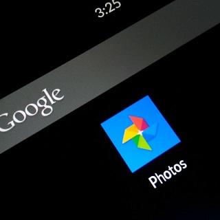 Как в Google Photos скрывать снимки, не удаляя их
